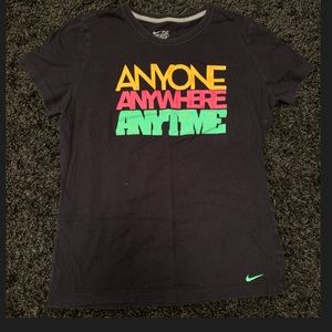 Women's Nike Slim-Fit Shirt Size XL